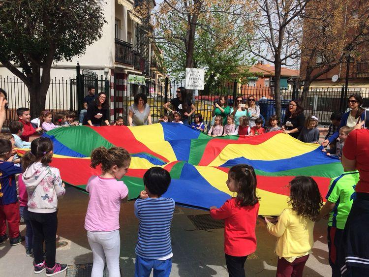 pequefestival de actividades en inglés para niños en La Zubia